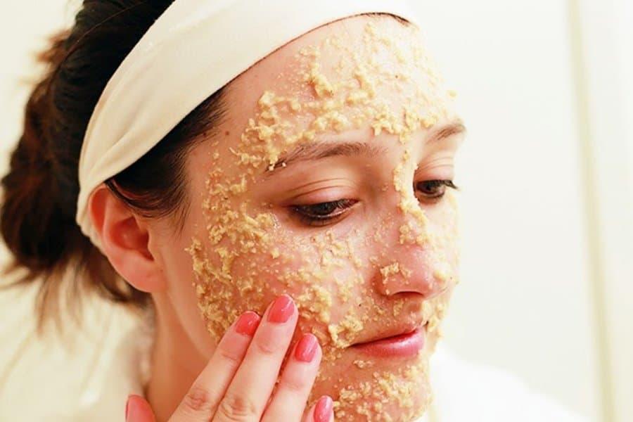 Cách dưỡng ẩm cho da khô nứt nẻ