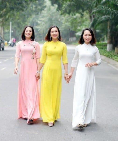 Cách gấp áo dài truyền thống đúng chuẩn
