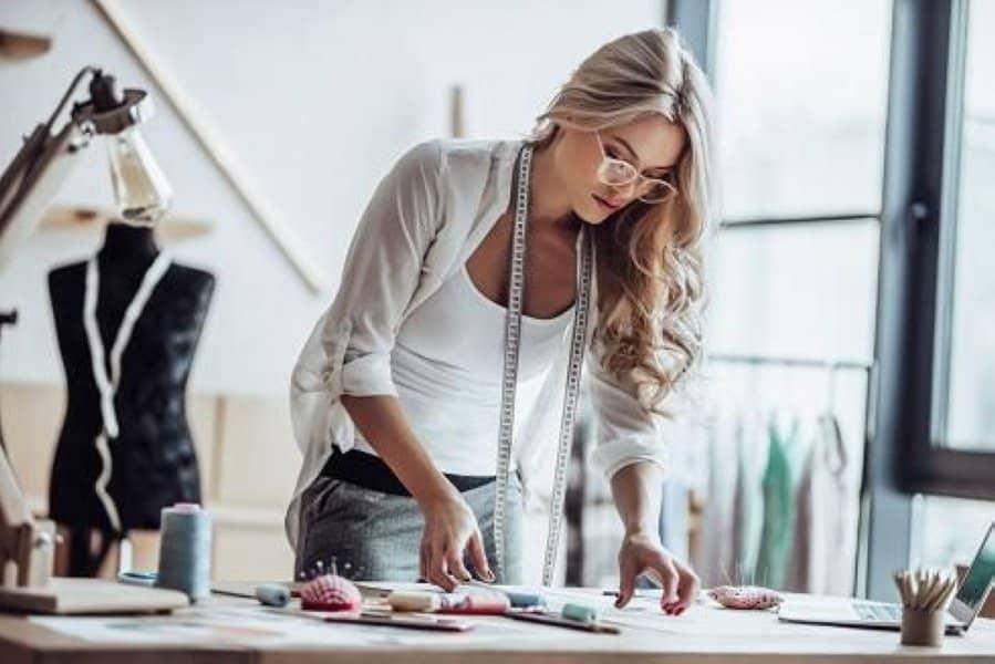 Học trở thành fashion stylist chuyên nghiệp