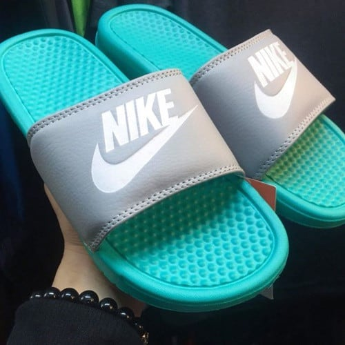 Cách phân biệt Dép Nike thật giả Fake Real