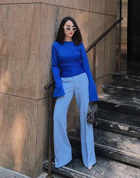 Quần xanh dương mặc với áo màu gì đẹp
