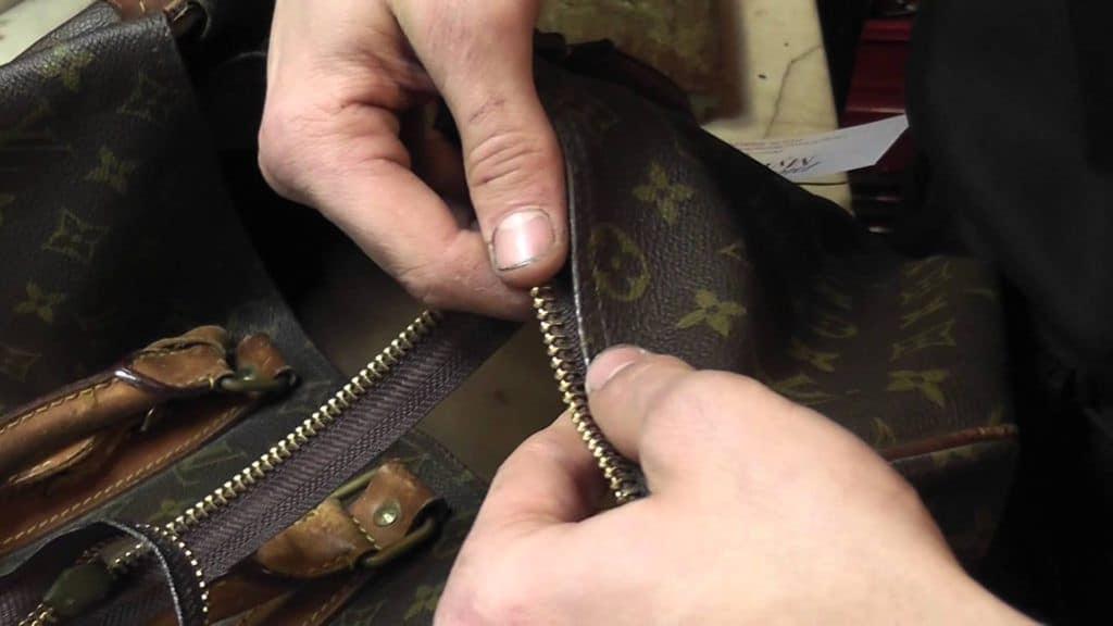 Dịch vụ sửa chữa, thay khóa cặp, túi xách da