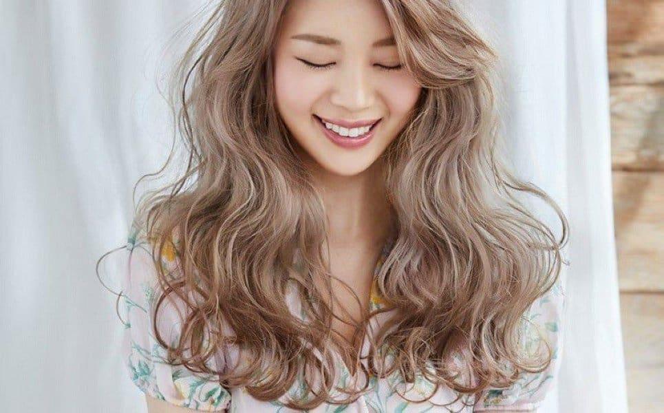 Các mẫu tóc xoăn đẹp