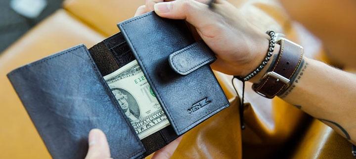 chọn ngày mua ví tiền tốt nhất