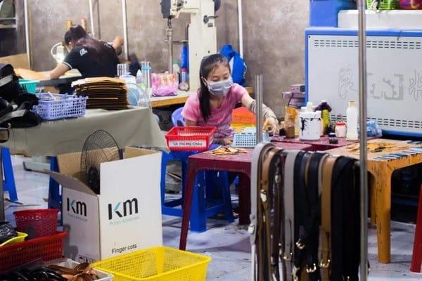 Top 5 xưởng sản xuất ví da hàng đầu